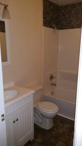 2222 Skyview bathroom after