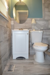 1532 Greenock master bathroom